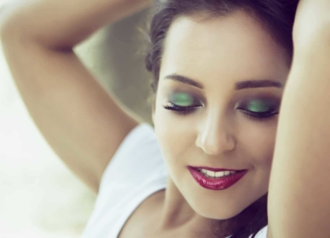 Crossdressing Makeup Tips – The order to put on makeup for cross dressers