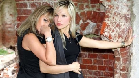 Transsexual Lesbians – Crossdressers still make the news