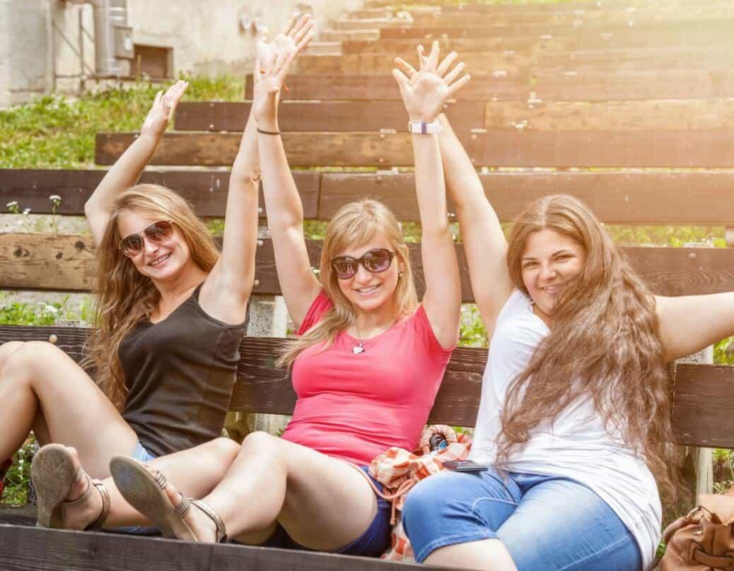 Make a new friend in the crossdressing community