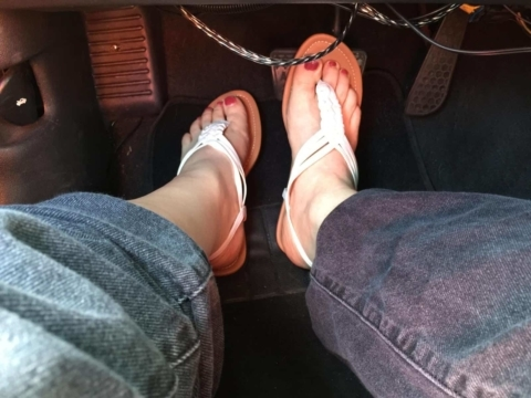 White sandals and the LA traffic scene