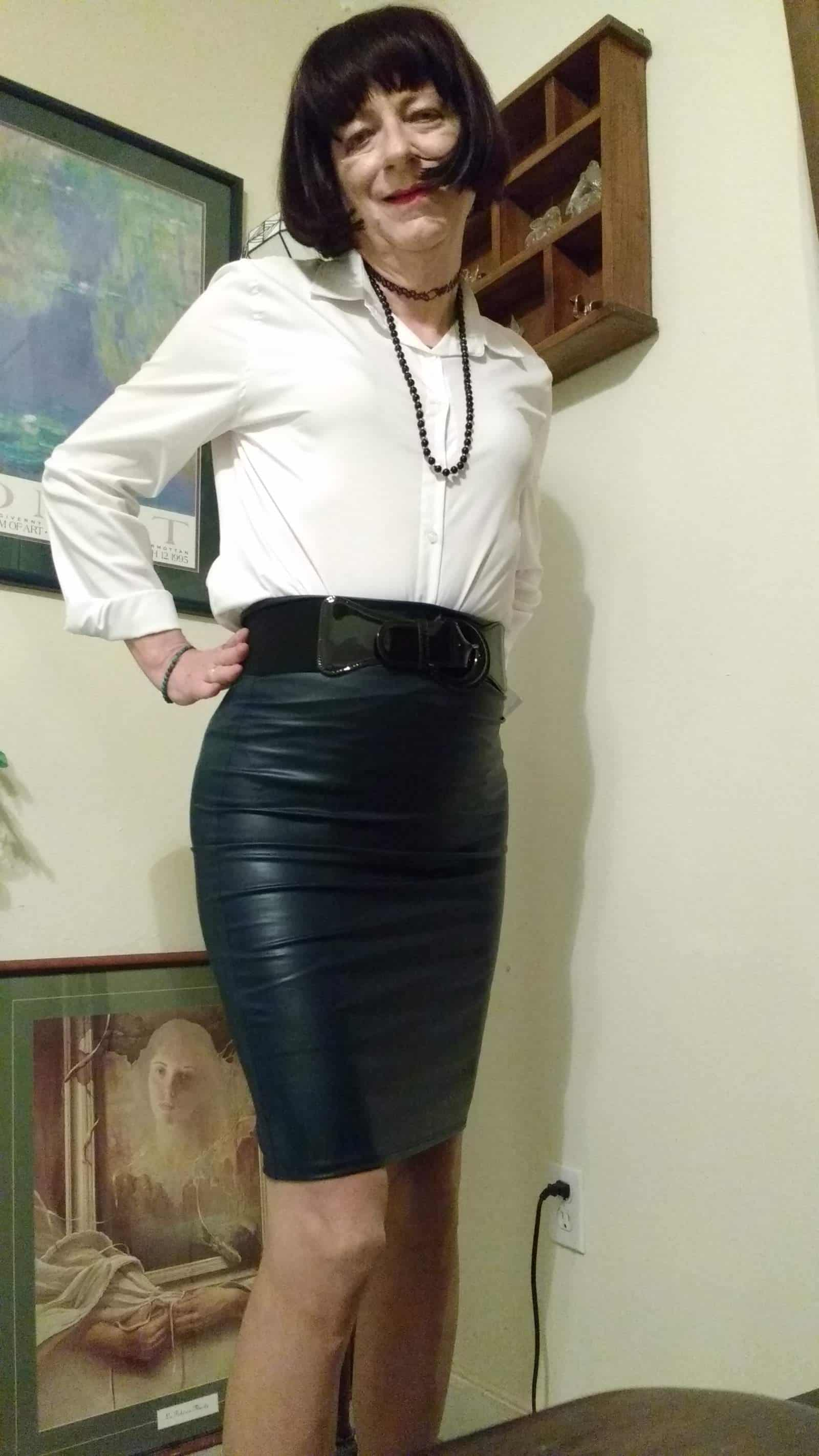 My New Leather Skirt Crossdresser Heaven